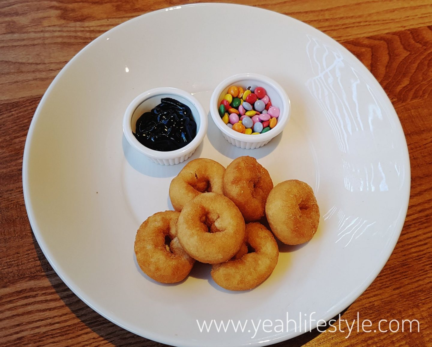 Beefeater-Springwood-Park-Macclesfield-Cheshire-Food-Blogger-Yeah-Lifestyle-Donuts
