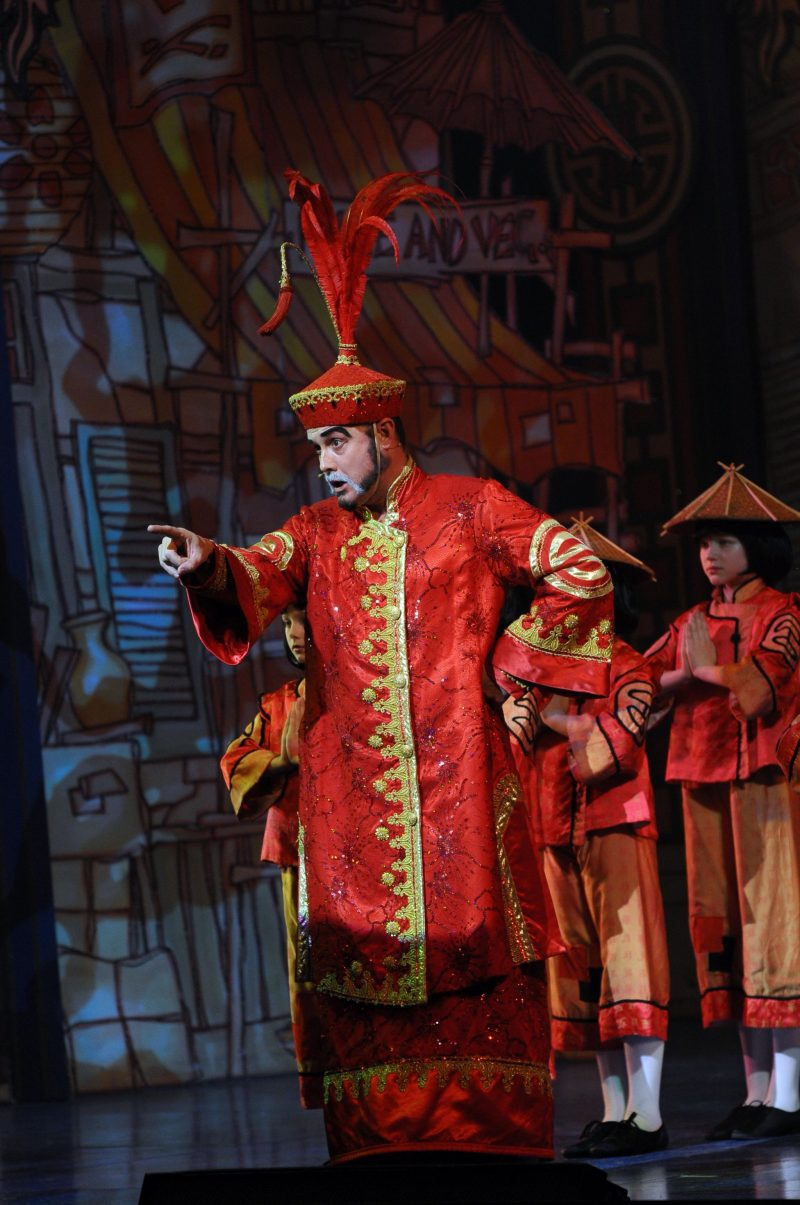 The-Regent-Theatre-Aladdin-Panto-Press-Night-Yeah-Lifestyle-Blogger-Review-Emperor