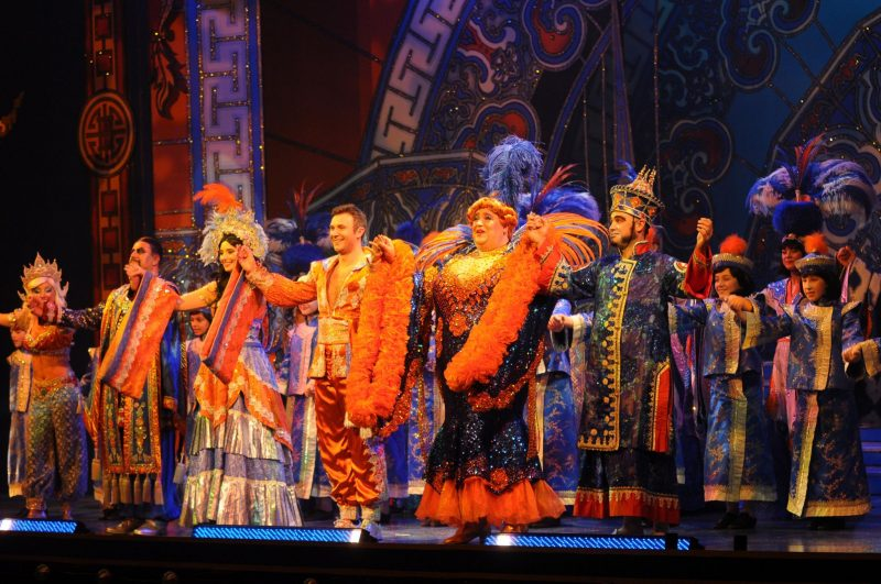 The-Regent-Theatre-Aladdin-Panto-Press-Night-Yeah-Lifestyle-Blogger-Review-Widow-Twanky-Aladdin-Crew