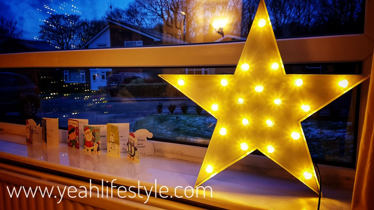 Starry Wall and Table Novelty Party Christmas Light Review *