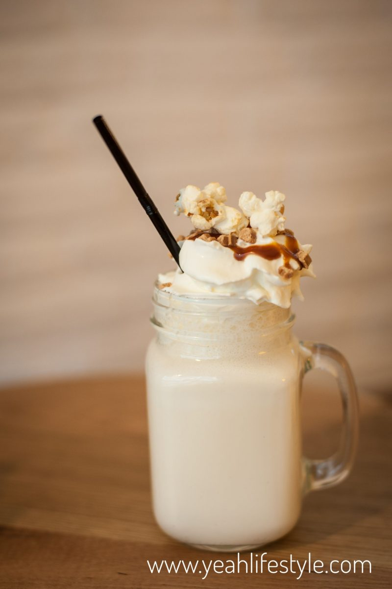 Crepeaffaire-Chester-Cheshire-Milkshake-Crepe-Salted-Caramel-Popcorn-Food-Drink-Blogger