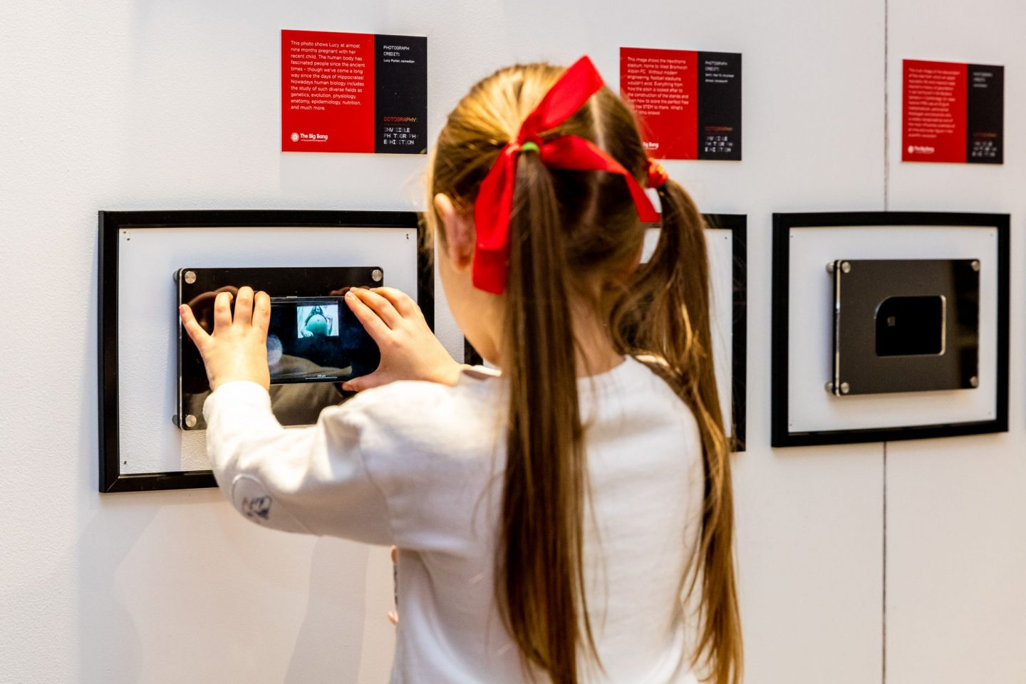 World's First Invisible Photography Exhibition