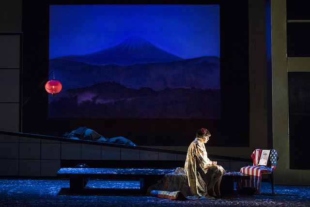 Madama-Butterfly-The-Lowry-Theatre-Manchester-Art-Music-Blogger-1