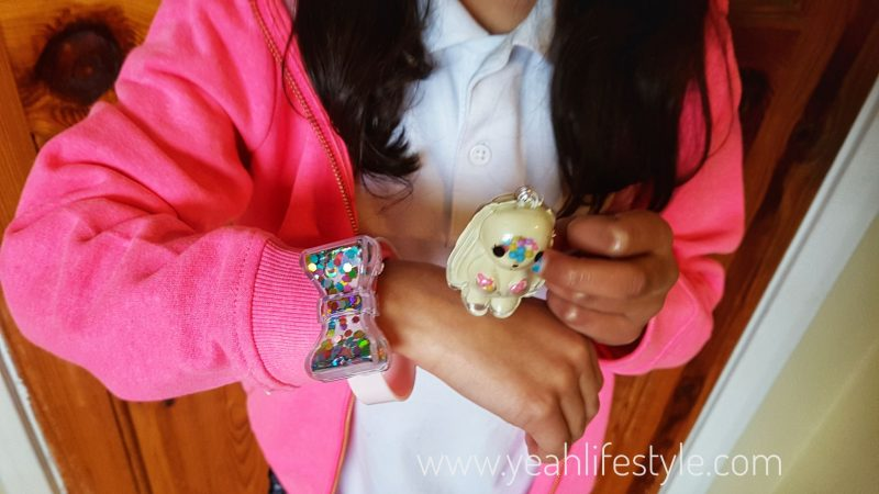 National-Slime-Day-Blogger-Review-Kids-Toy-UK-Glam-Goo-Shimmer-Teddy-Watch