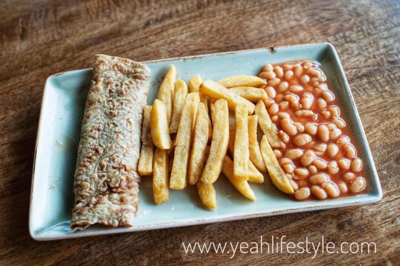 Trentham-Gardens-Staffordshire-Family-Blogger-UK-Kids-Italian-Cafe-Kids-Oatcake