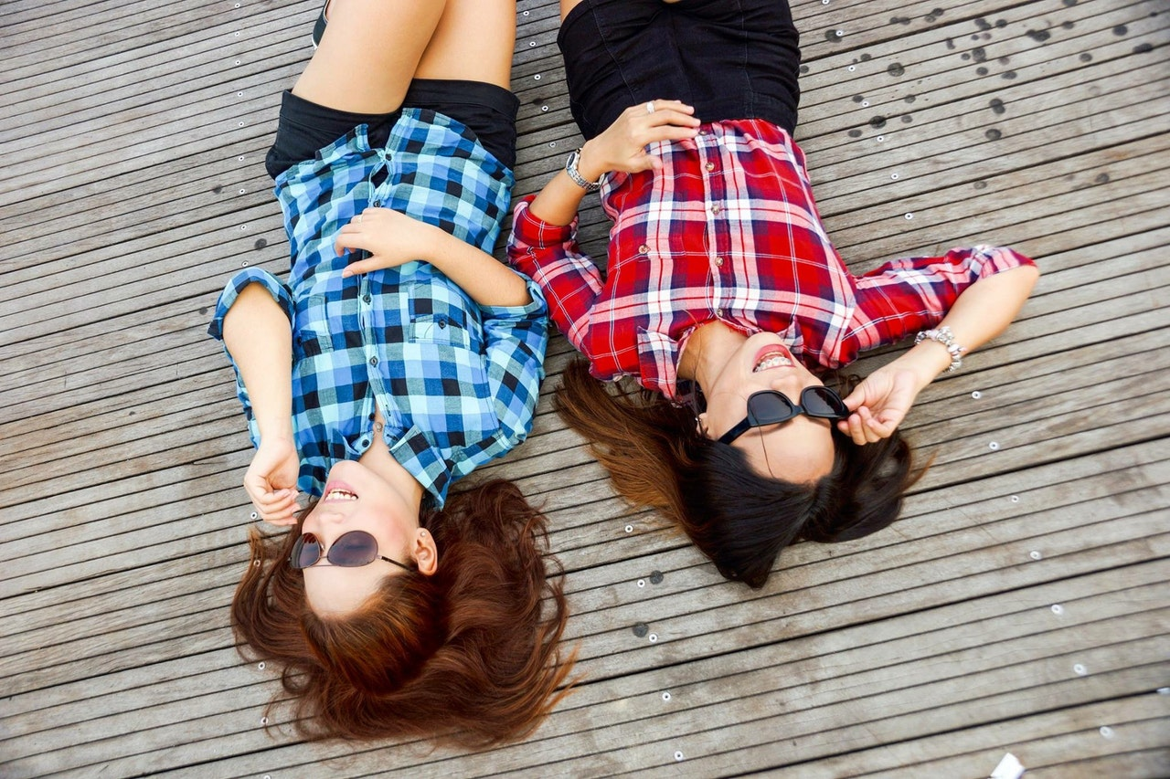 "4 ""Friend Date"" Ideas That Aren't Super Lame **"