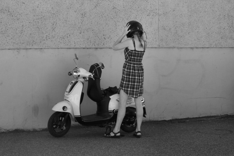 The-Essential-Guide-To-The Mod Look In Modern Times-vespa