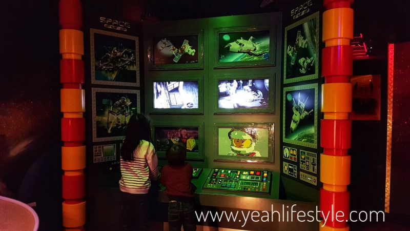 legoland-blogger-review-space-launch-lego-family-trafford-manchester-kids-ninjago-control