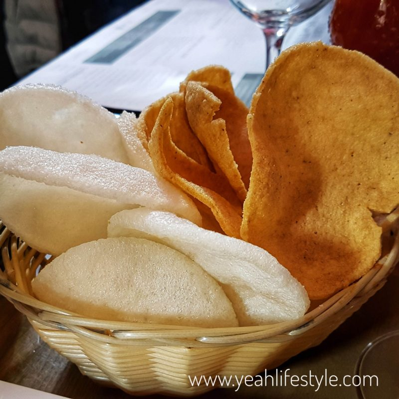 mr-laus-warrington-manchester-liverpool-chinese-food-blogger-review-prawn-cracker