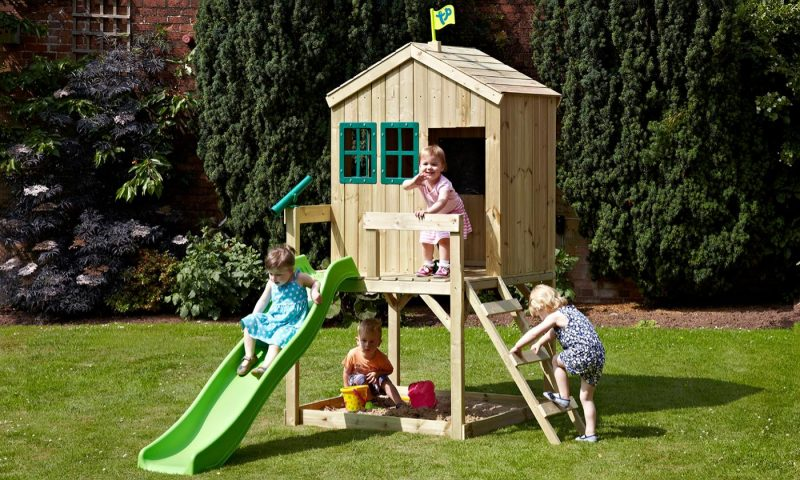 wooden-playhouse-kids-spring-summer-time-fun