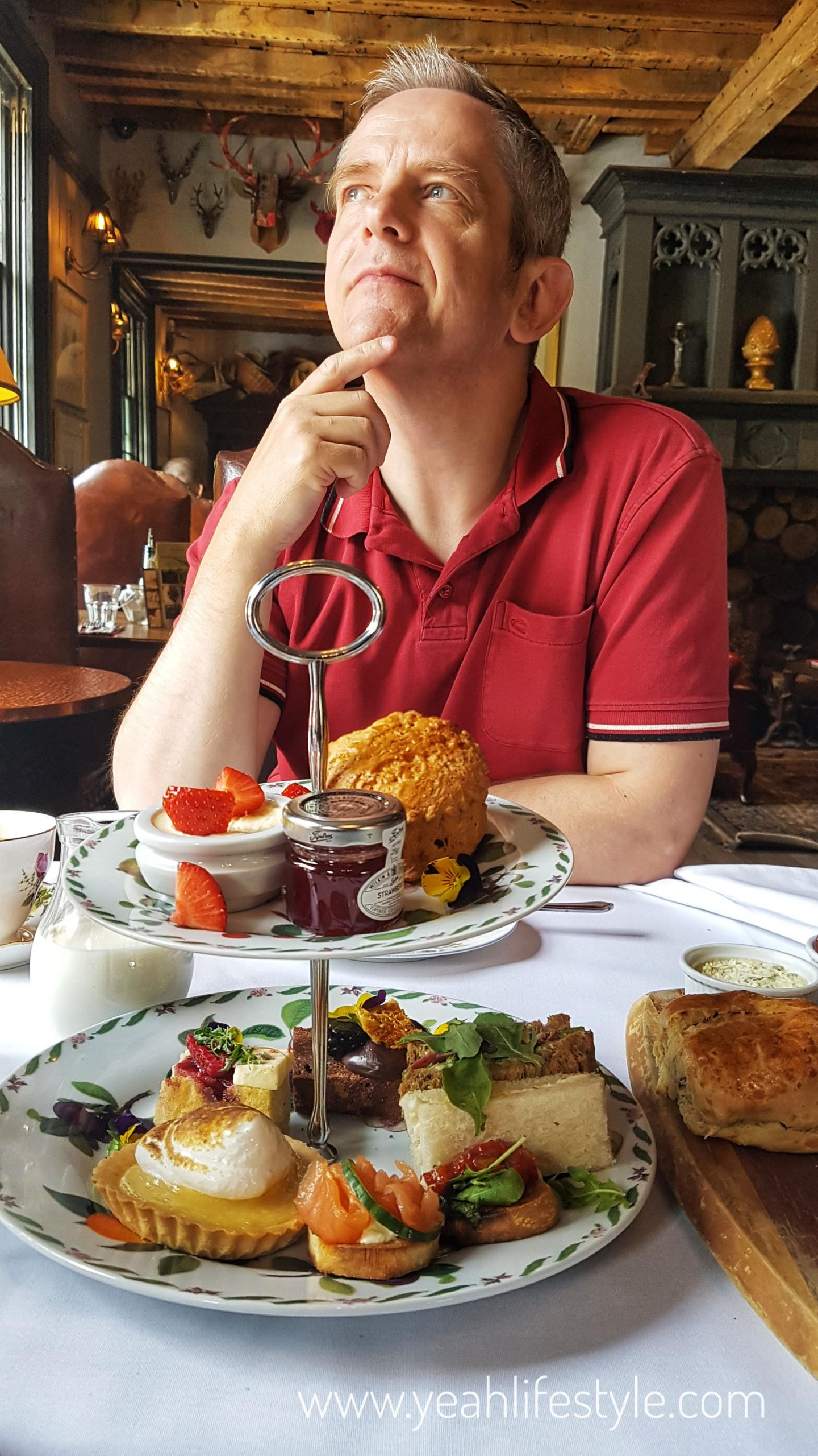 Afternoon-tea-vicerage-holmes-chappel-cheshire-food-blogger-fathers