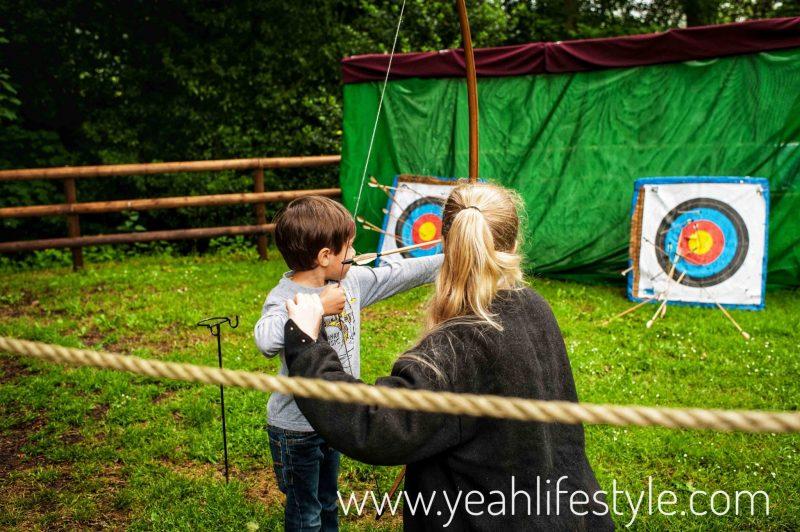 Luxury-Family-Glamping-Getaway-Warwick-Castle-Archery