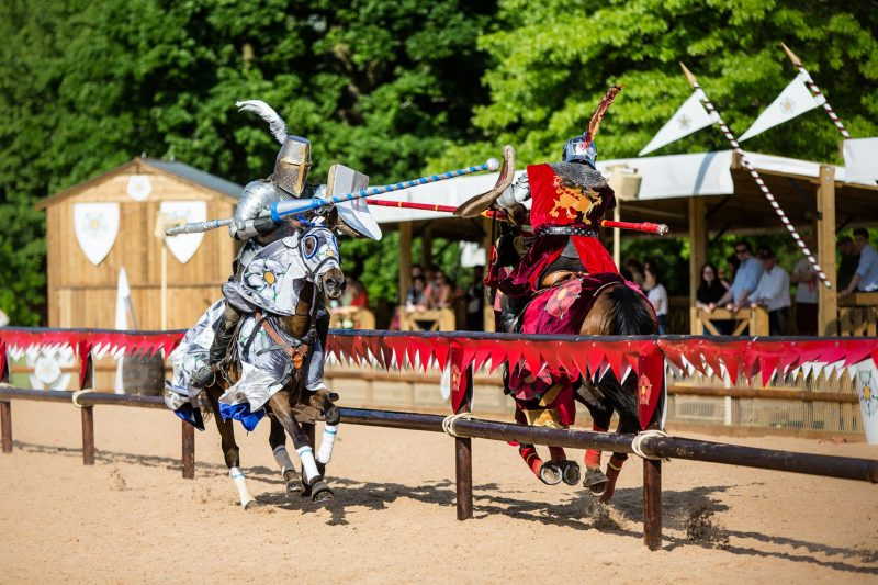 Luxury-Family-Glamping-Getaway-Warwick-Castle-Jousting-War-Roses