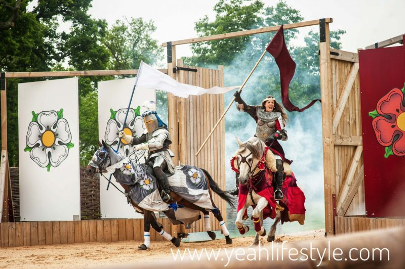 Luxury-Family-Glamping-Getaway-Warwick-Castle-Jousting-War-Roses-Horse