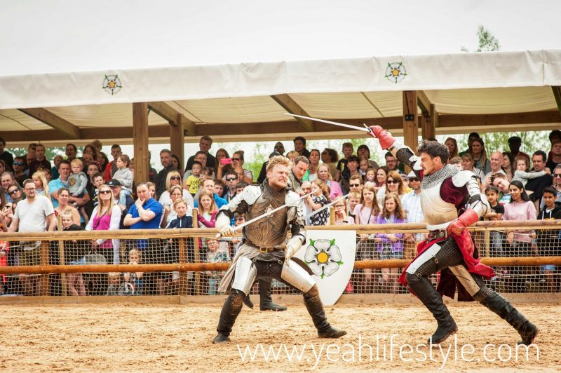 Luxury-Family-Glamping-Getaway-Warwick-Castle-War-Roses-Sword-Fight