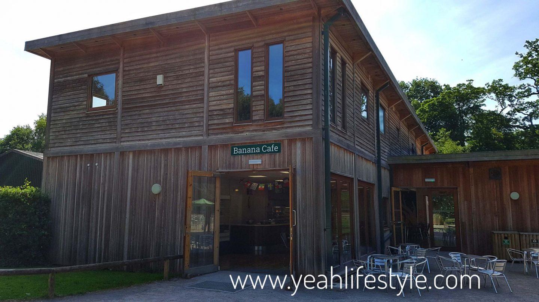 trentham-monkey-forest-travel-blogger-review-entrance-cafe-banana-picnic