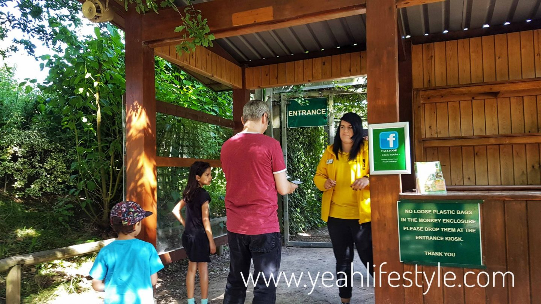 trentham-monkey-forest-travel-blogger-review-entrance-tour