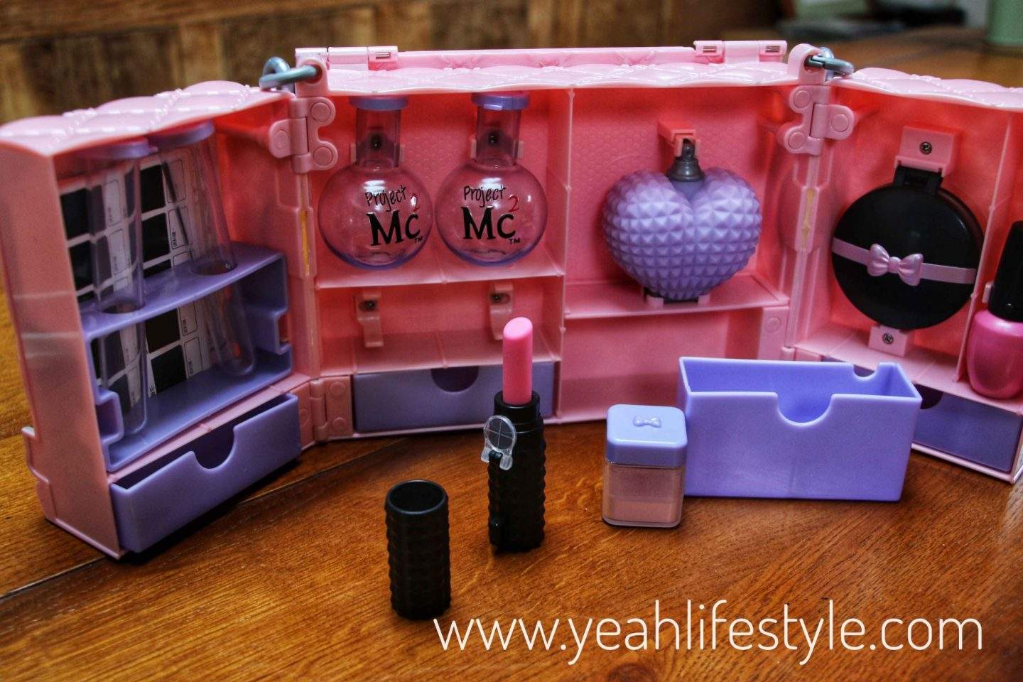 Review-Project-Mc2-Ultimate-Spy-Bag-Girls-Gift-Detective-Science-Items-1