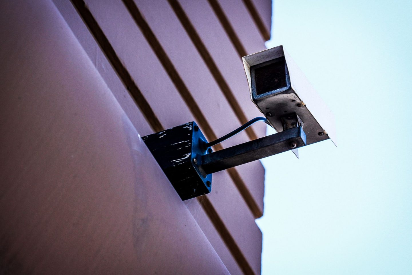 Why-you-need-have-CCTV-camera-installed-at-home-and-at-work