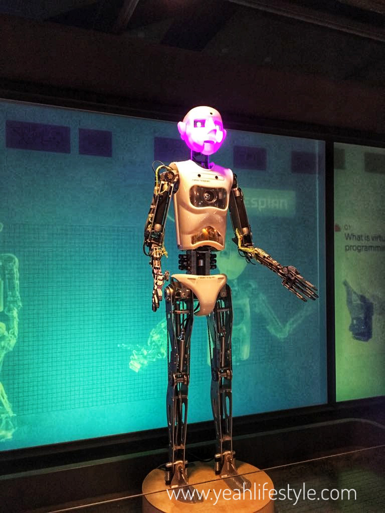 think-tank-birmingham-museum-blogger-review-museum-blogger-robot