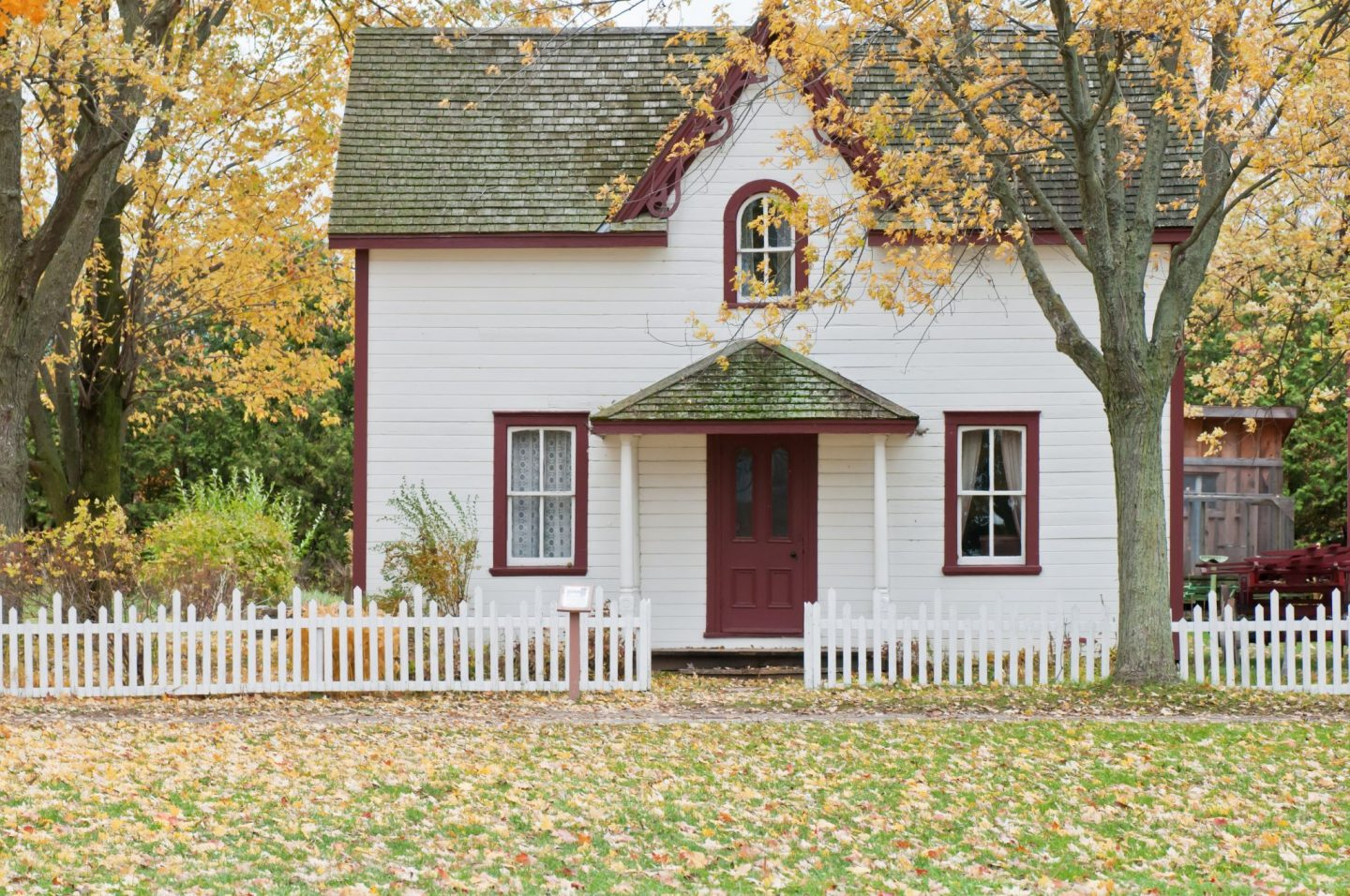 Money-saving tips to help you save for your first home **