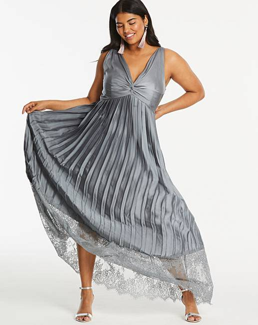 Top-Five-Maxi-Dresses-For-Summer-little-mistress-lace-dress-grey
