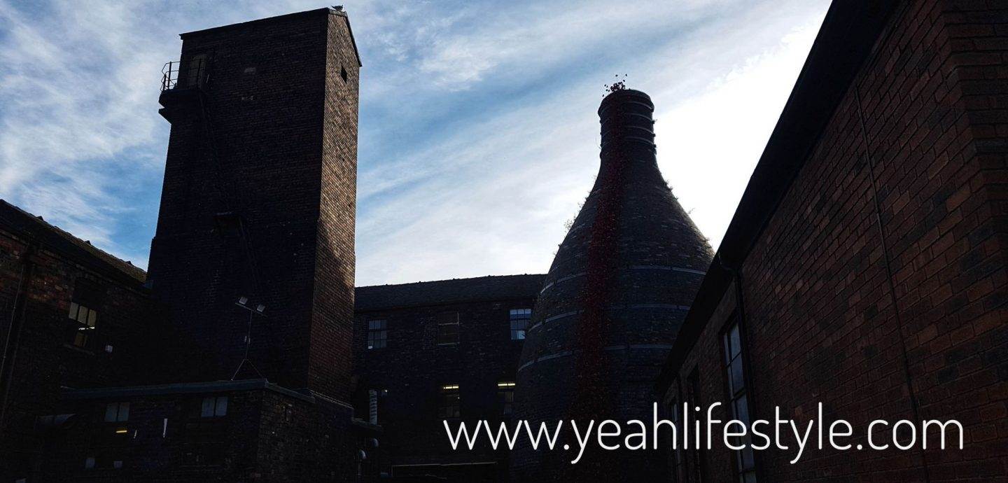 middleport-pottery-ceramic-poppies-stoke-on-trent-weeping-window-staffordshire-review