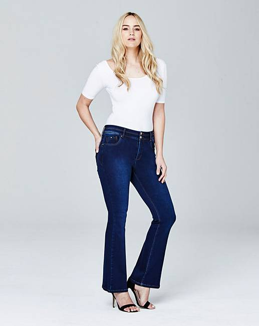 Hour Glass Shaped Demin Jeans for Women of All Sizes