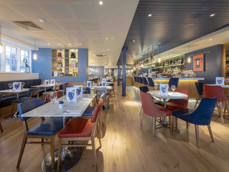 carluccios-chester-food-review-blogger-uk-itallian-restaurant-family-local-interior-decor