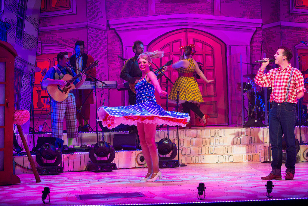 Dick-Whittington-Panto-Blogger-Review-Stafford-Gatehouse-Theatre-Kids-Press-Night-Dance