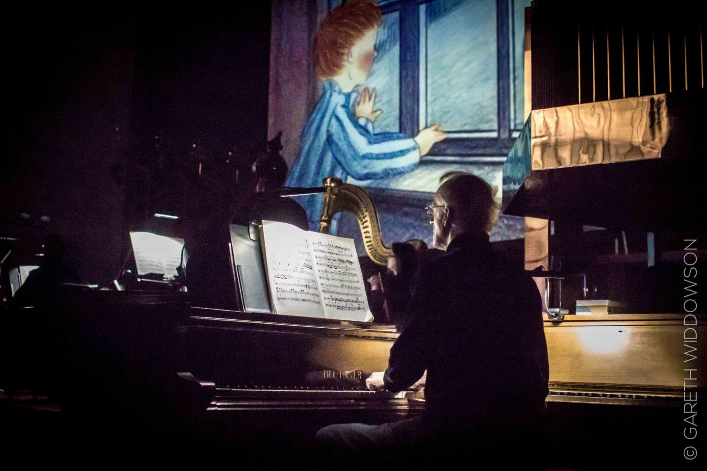 victoria-hall-stoke-snowman-and-piano-show-review